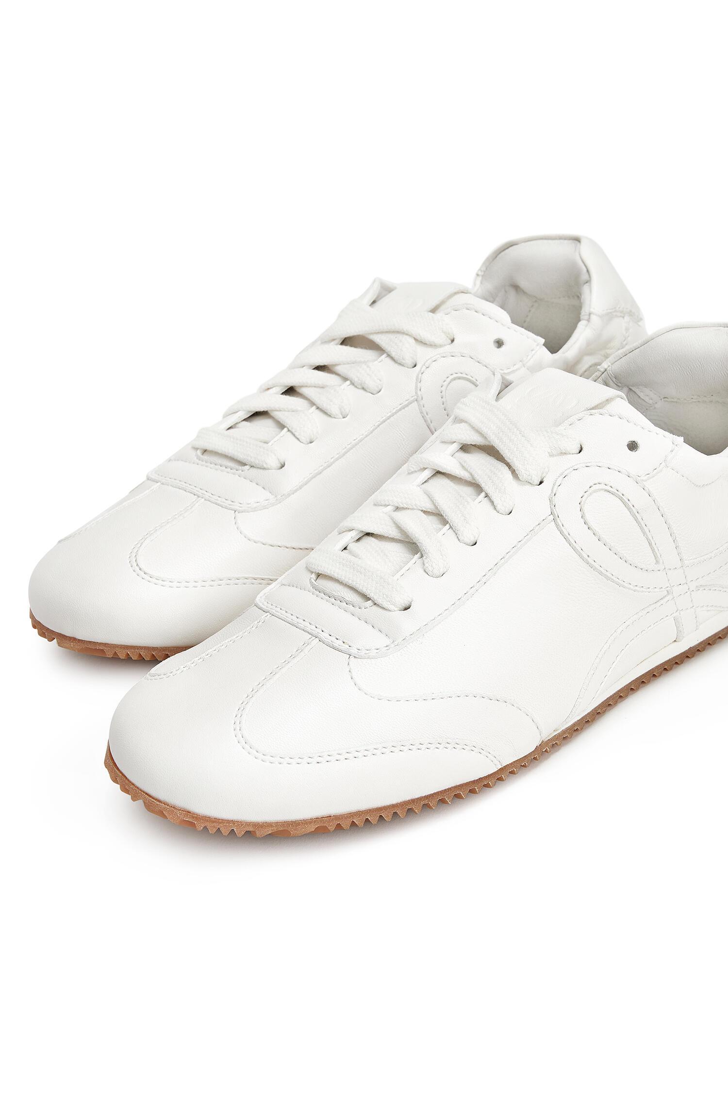 1. kép: LOEWE sneaker