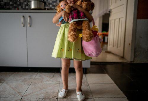 A magyarok 38%-a szerint egy pofontól nem lesz baja a gyereknek