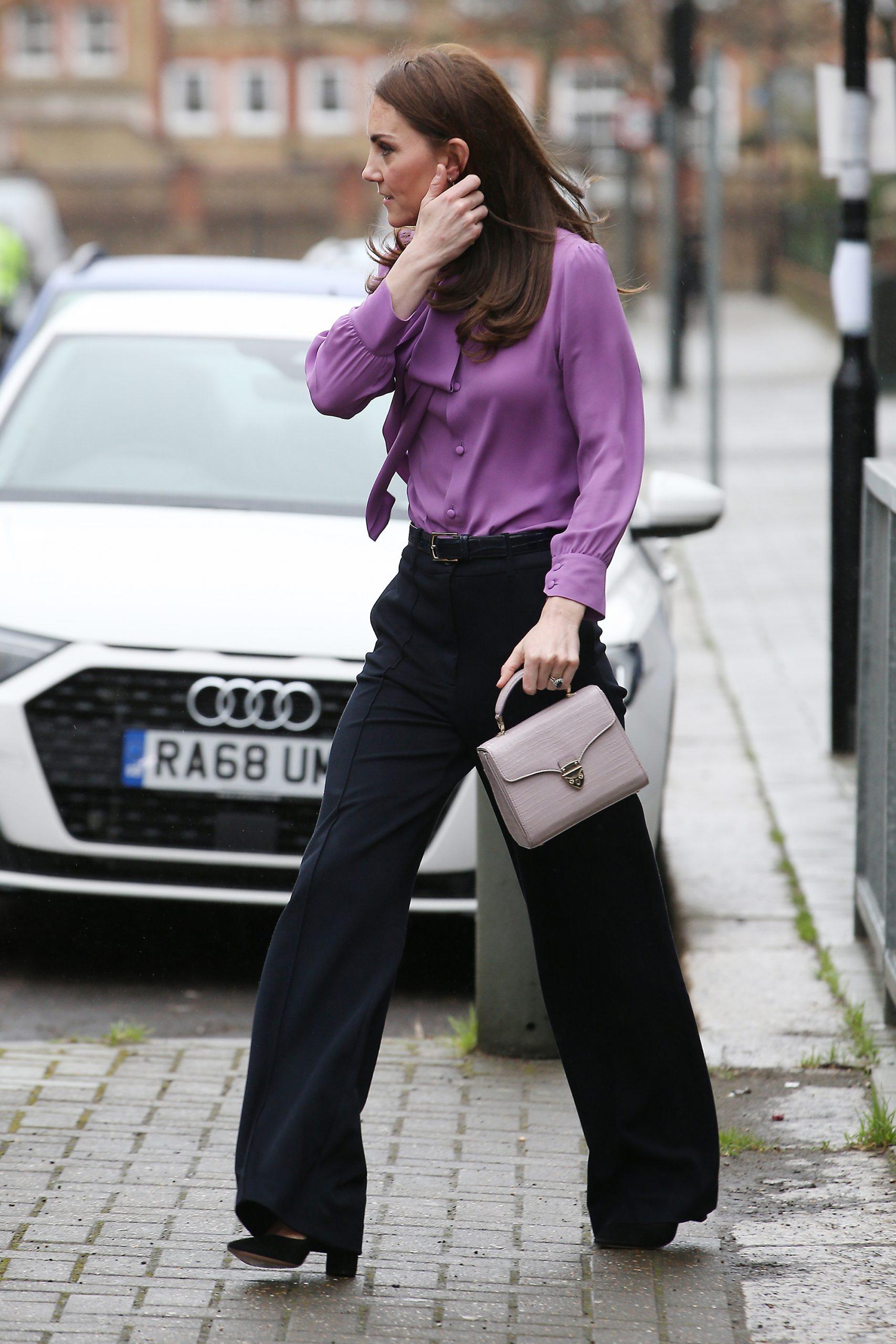Katalin hercegné Gucci blúzban