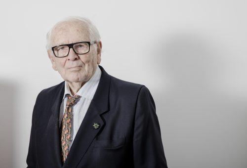 98 éves korában elhunyt Pierre Cardin divattervező