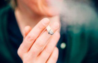 """""""Nem ellenséget látunk a dohányzó lakosságban"""" – interjú a JÖN Alapítvány kuratóriumi elnökével a cigicsikkek útjáról"""