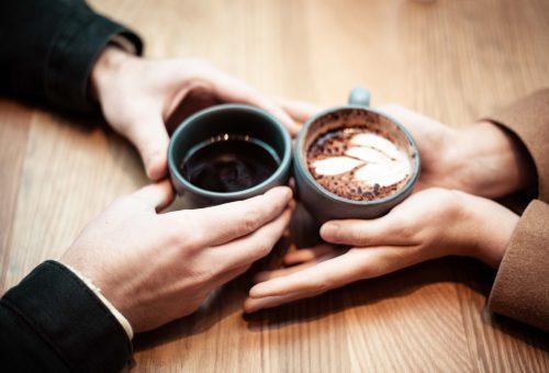5 hazugság, ami megengedett az első randin