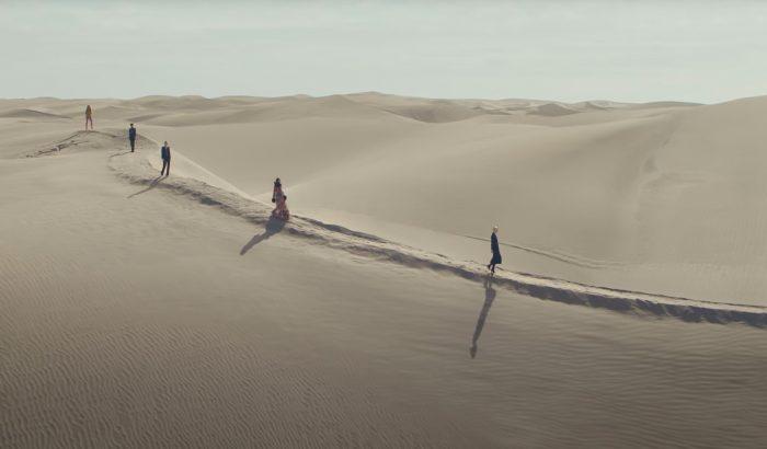 Sivatagi bemutatóval nyitja a szezont a Saint Laurent