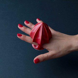 A gyűrűként hordható facsaróval pofonegyszerű a dzsúszolás