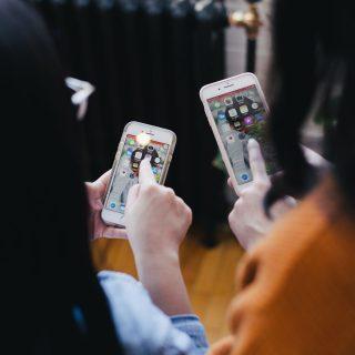 Nem is olyan rossz a lelki egészségnek az okostelefonozás