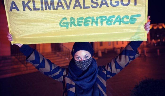 """""""Nézzetek körülotthon, éslássátok, hogy miminden van már"""" – interjú Döbrösi Laurával a fenntarthatóságról"""
