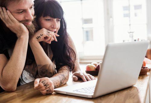Erős jelszó, kétkulcsos ellenőrzés, tárolótitkosítás: szoftverfejlesztőt kérdeztünk az online életünk biztonságosabbá tételéről