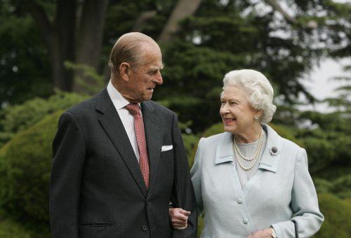 II. Erzsébet és Fülöp herceg megkapta a koronavírus elleni oltást
