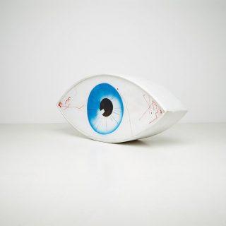 Visszatért Man Ray szürrealista szemszófája