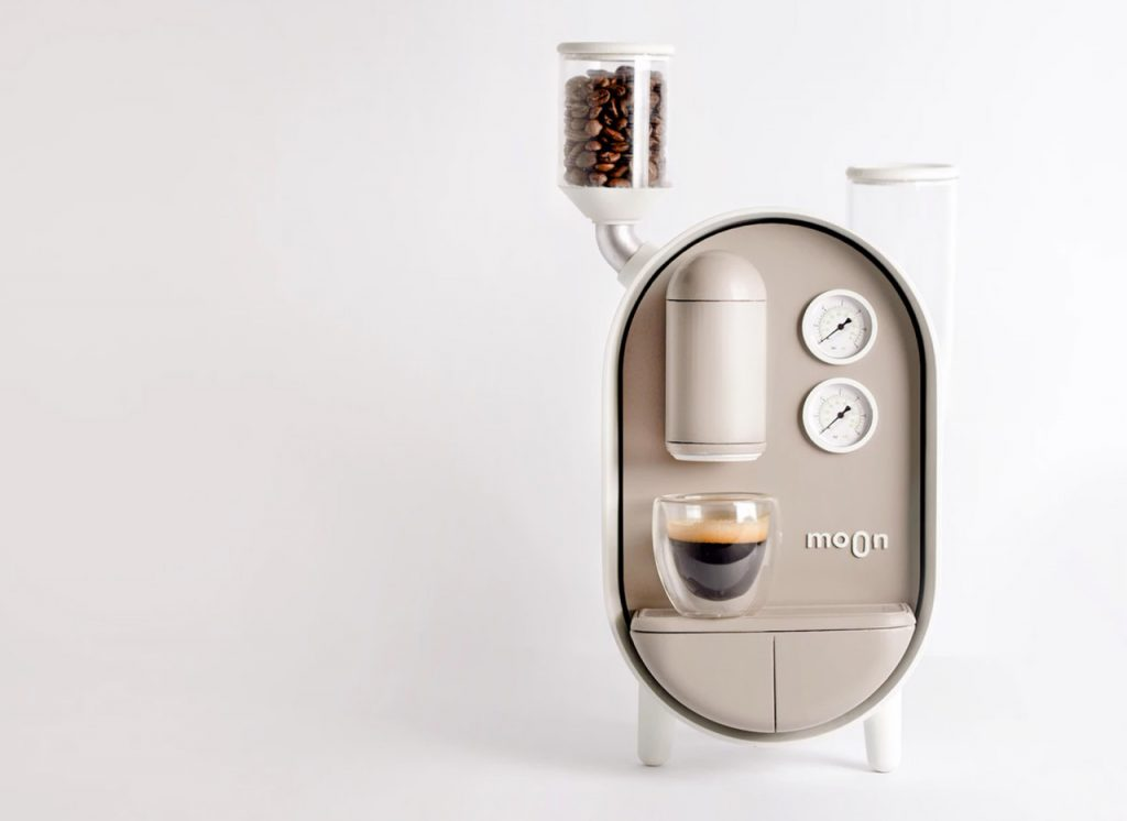Bájos kávéfőző ment meg a fáradtságtól