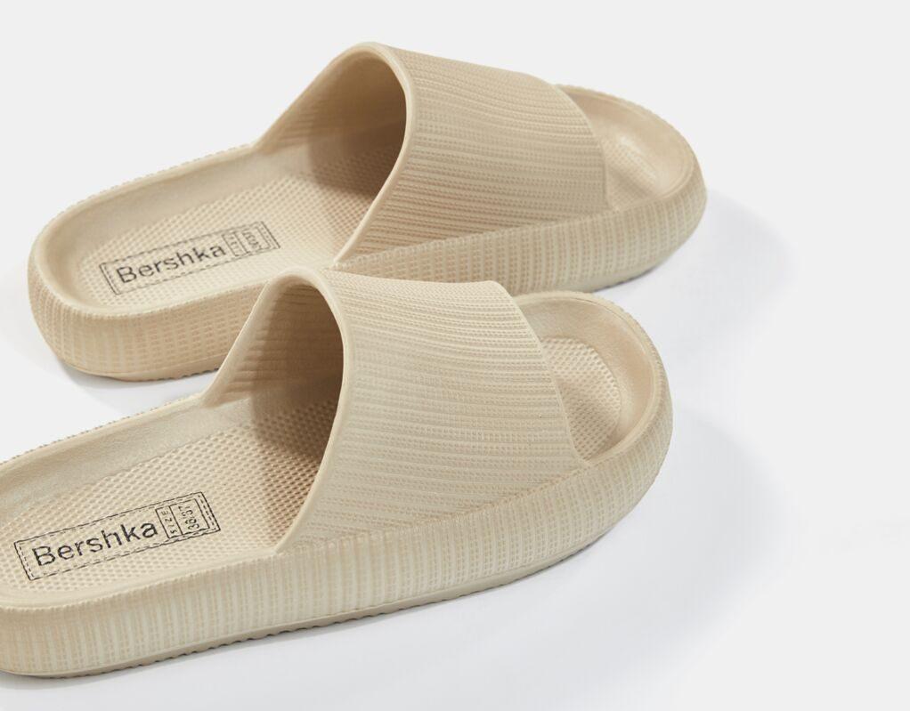 bershka-papucs