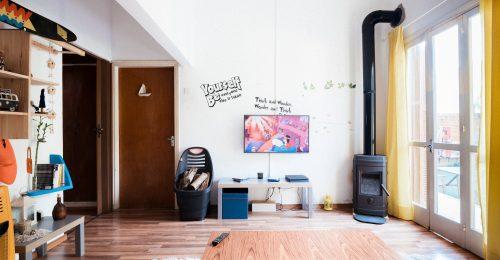 Covid-státuszt ellenőrző eszközt vezetne be az Airbnb