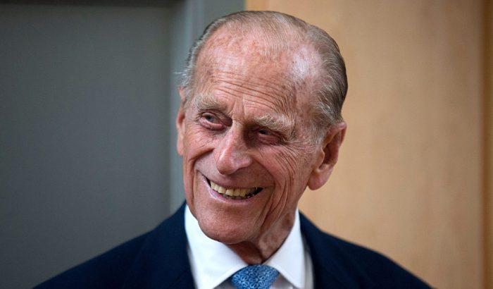 Fülöp herceg kórházba került, az egyik legviccesebb megszólalásával kívánnak jó egészséget a rajongók