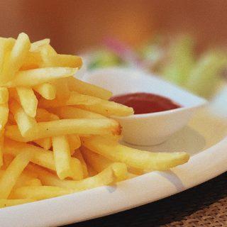 A szívrohamhoz vezető út sült krumplival van kikövezve