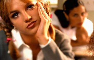 Britney Spearst az apja tartja fogva, de mi taszítottuk a mélybe