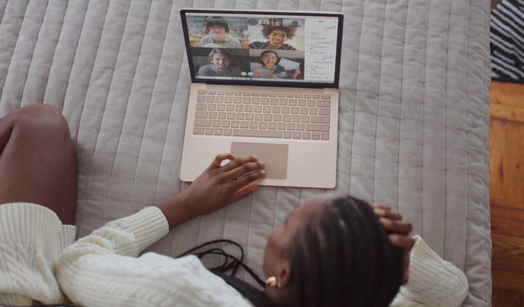online-meeting-kamera-kornyezetvedelem