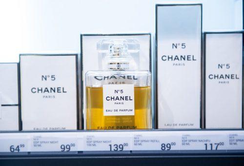 Egy évszázada dobták piacra a Chanel N°5 parfümöt