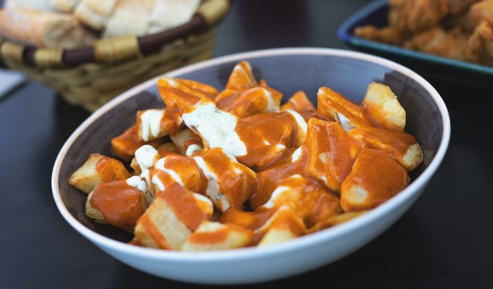 Patatas bravas, a spanyolok kedvenc krumpliétele
