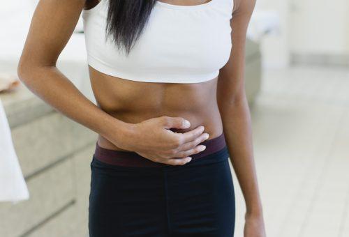 Egy évet veszítenek a nők a fájdalmas menstruáció miatt