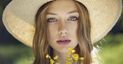 A bőr minimalizmusa az új sminktrend