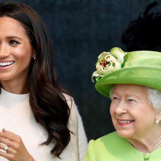 II. Erzsébet rasszizmus elleni coachot alkalmaz