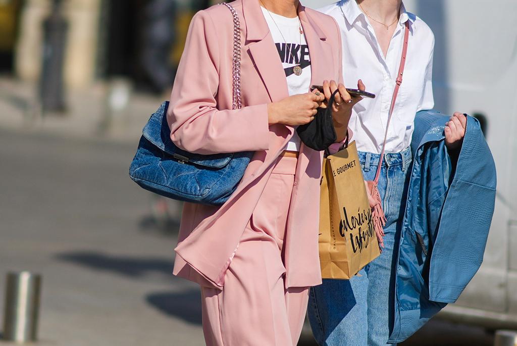 street style chanel táska