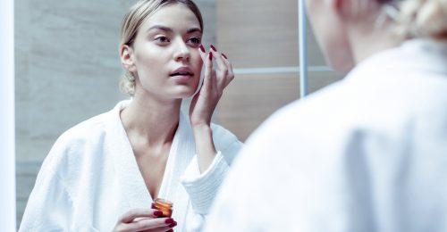 Te paskolod vagy kened? Így vidd fel jól az arckrémedet!