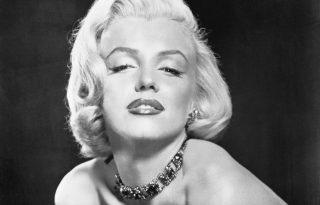 """Ez Marilyn Monroe """"Happy Birthday, Mr. President""""-ruhájának története"""