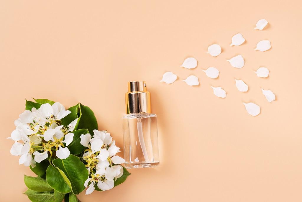 Ruhaillatosito szekrenyillatosito termeszetes illatosito