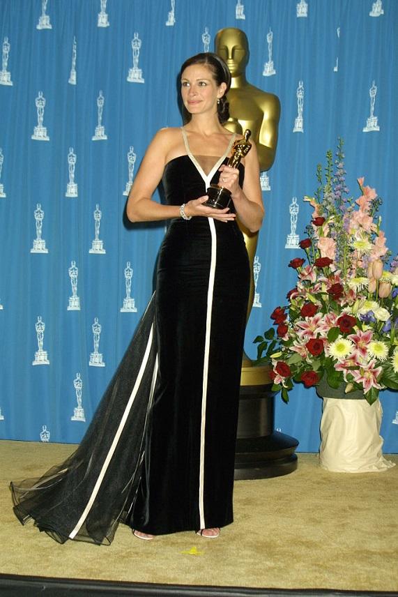 Julia Roberts Oscar 2001