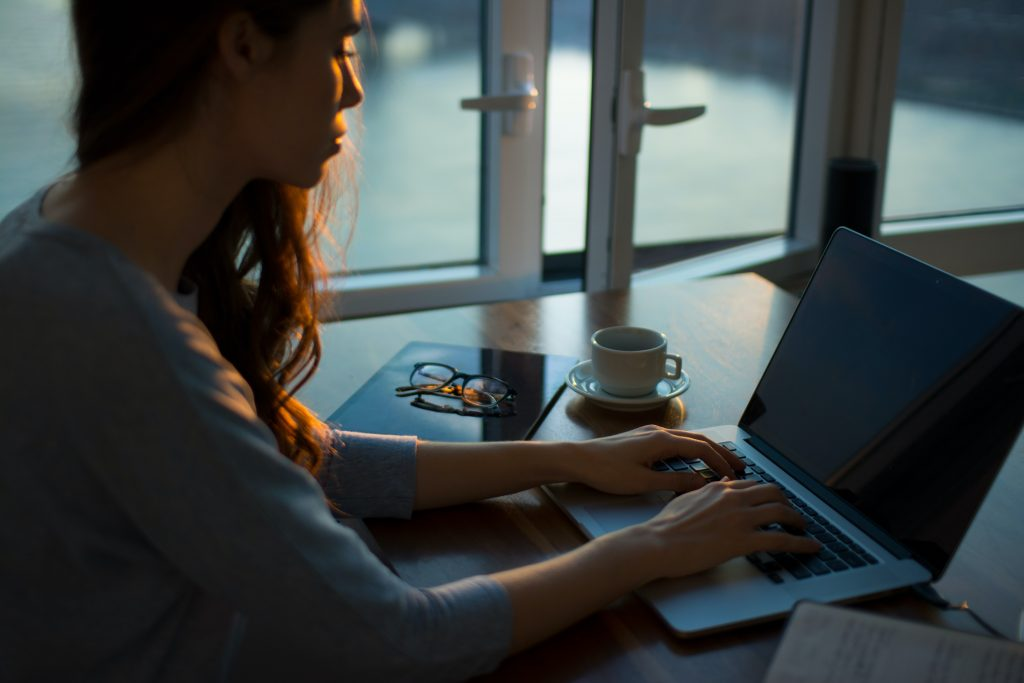 home-office-lecsatlakozas-torveny