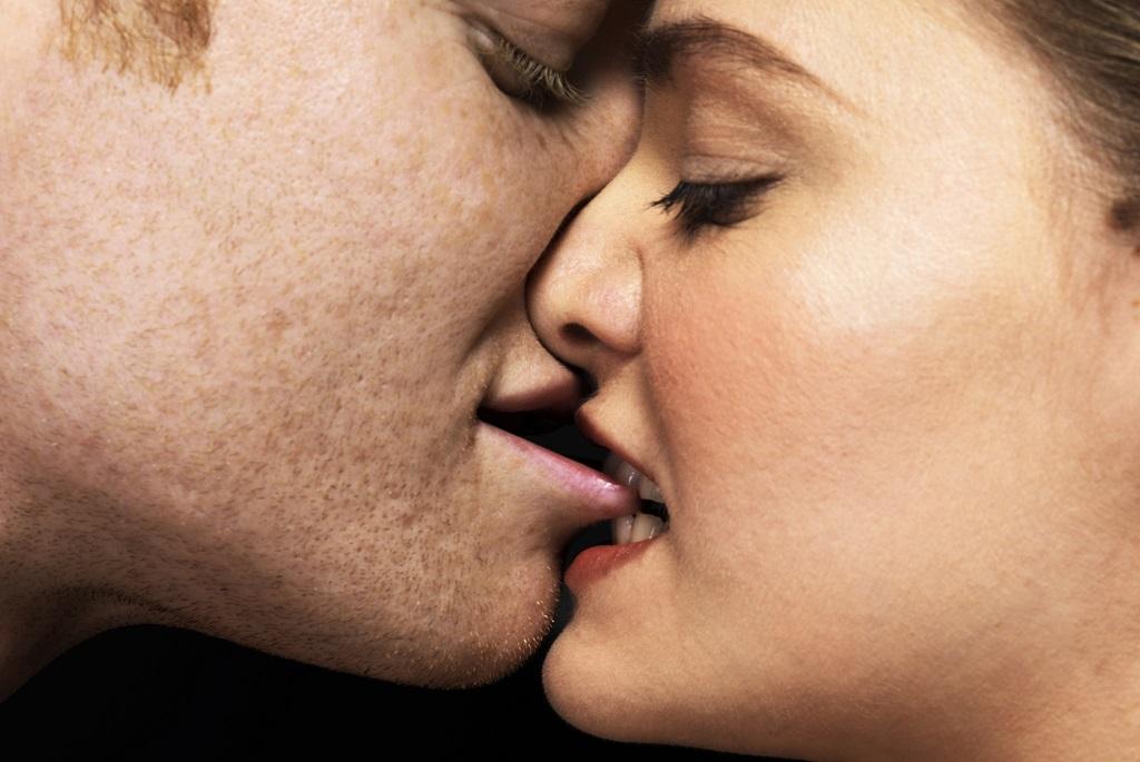 6 izgi testhelyzet oralszexhez
