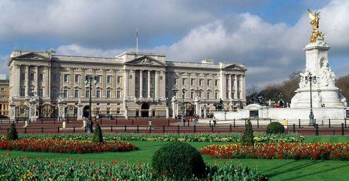 Ennyi pénzbe kerülne, ha kibérelnéd az angol királyi család otthonát