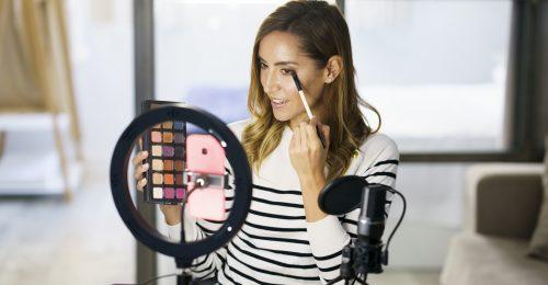 Saját szépségfesztivált rendez a YouTube