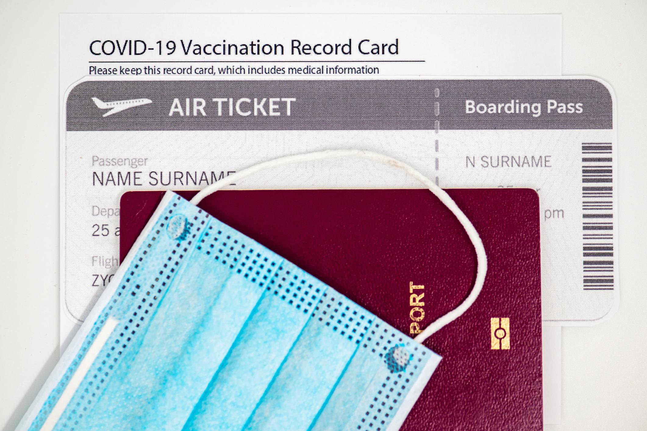 Védettségi igazolvány és vakcinaútlevél – mikor melyikre lesz szükséged?