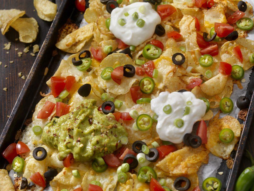 recept-nachos-tepsi-salsa-mexikoi