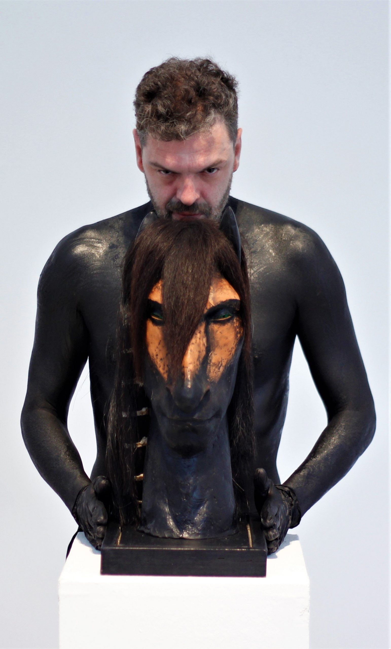 gergye-krisztian-synesthesia-szinesztezia-kortars-magyar-tanc-tancmuveszet-muveszet-festeszet-online-performance-performansz-tarsulat-rendezo-koreografus-harangozo-dij