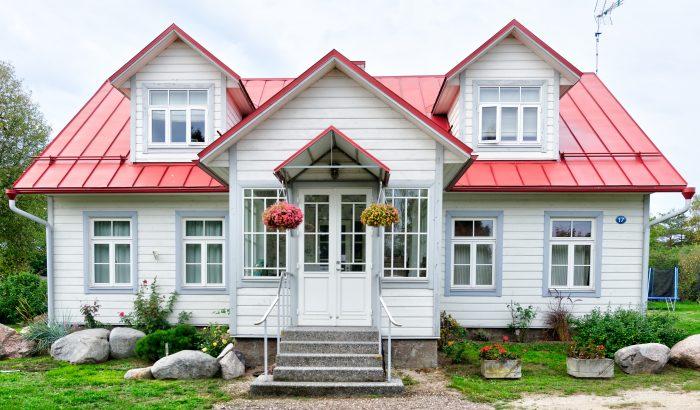 Lehet egy hullámcsatból házat venni? A fiatal nőnek pont ez a terve!