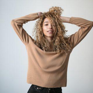 A zabolázatlan fürtök megváltója: a göndör haj metódus