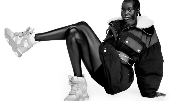 Újra divatba jön az otromba éktalpú sneaker
