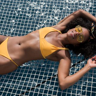 Cut out, fodros és sportos – Mutatjuk a legdivatosabb bikinifazonokat