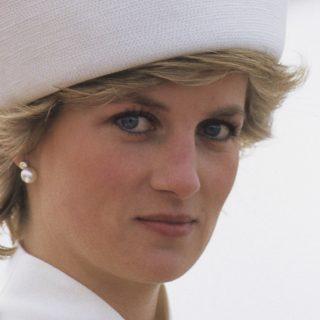 Ma lenne 60 éves Diana hercegnő – 6 alkalom, amikor Meghan és Katalin úgy öltözött, mint ő