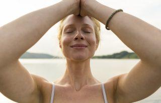 Vedd a kezedbe a sorsod: arcfiatalítás szike nélkül