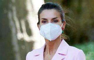 Letícia spanyol királyné rózsaszín ruhájától eláll a lélegzetünk