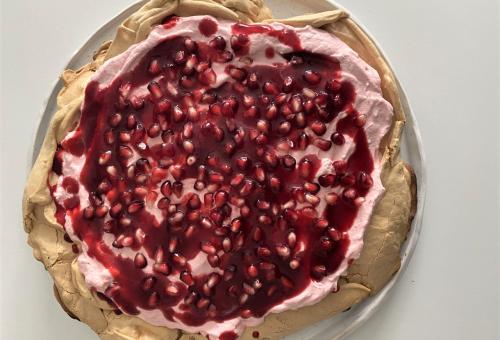 Nem csak pite: málnás-gránátalmás pavlova
