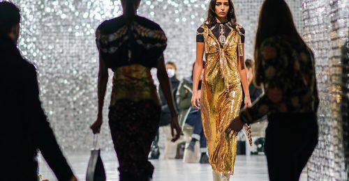 Aranyló divat – A nyár legcsillogóbb trendje 10 változatban