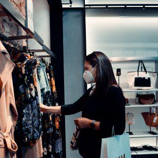 A ruhabérlés többet árt a környezetnek, mintha kidobnánk?!