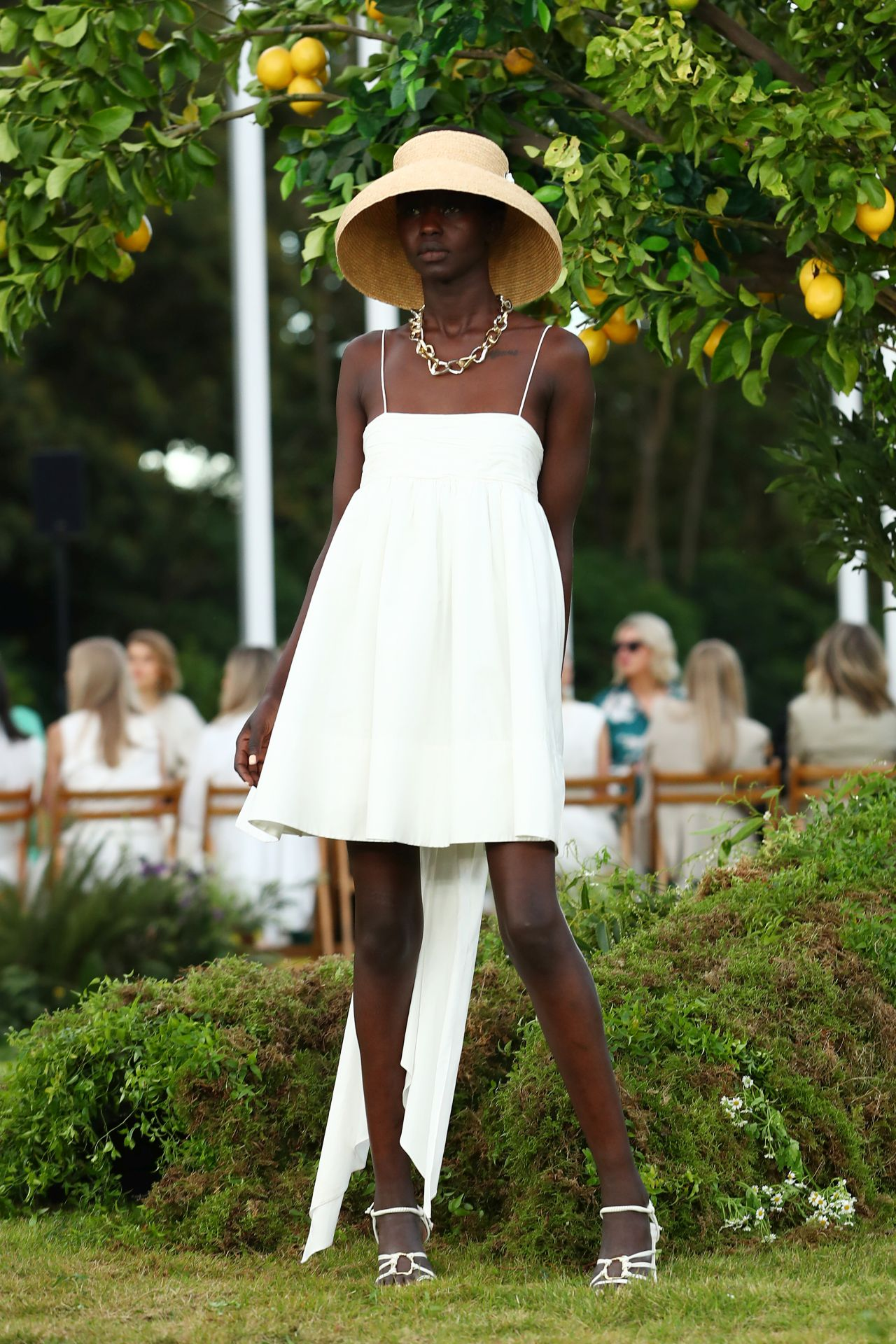 Aje Resort 22 fehér pántos ruha