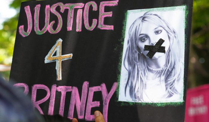 Óriási fordulat: Britney Spears apja hajlandó lemondani a gondnokságról