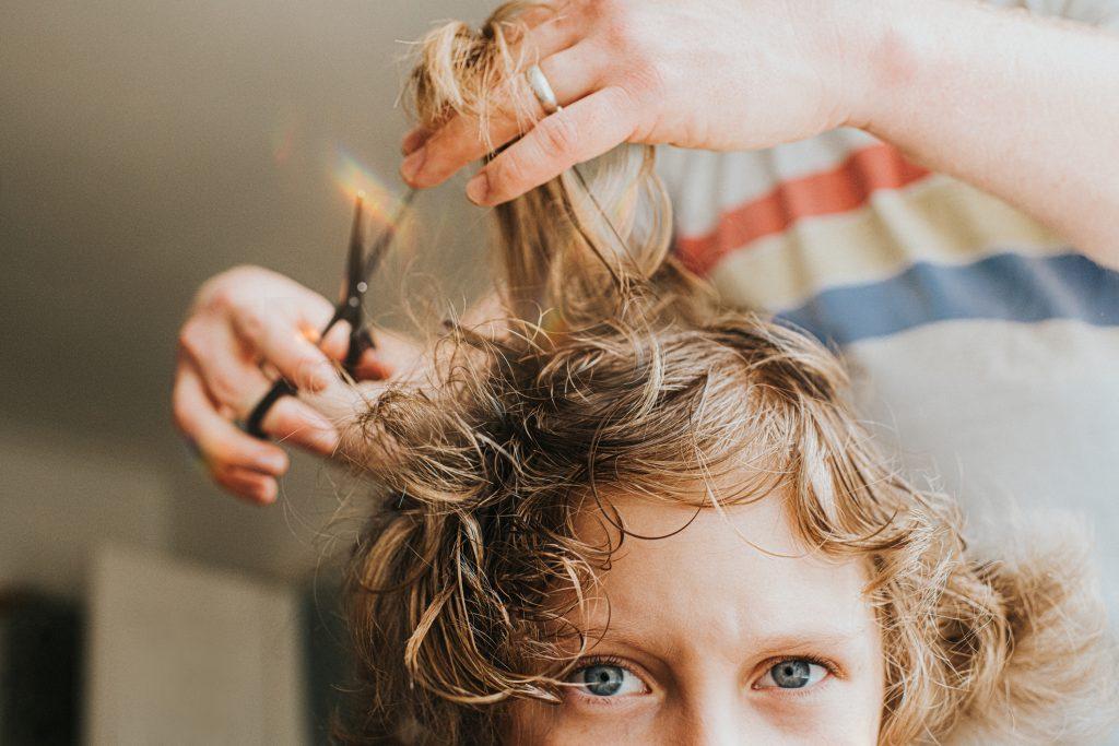 elrontott-frizura-hajvagas